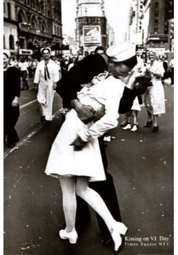 Beso en Times Square (POSTER)